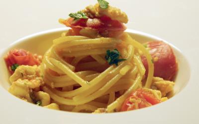 Spaghetti con orata e agrumi